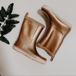 Tretorn rose gold rain boots